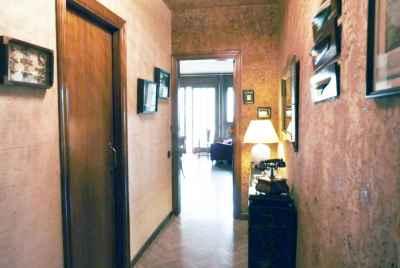 Квартира в хорошем состоянии возле Sant Antoni в Барселоне